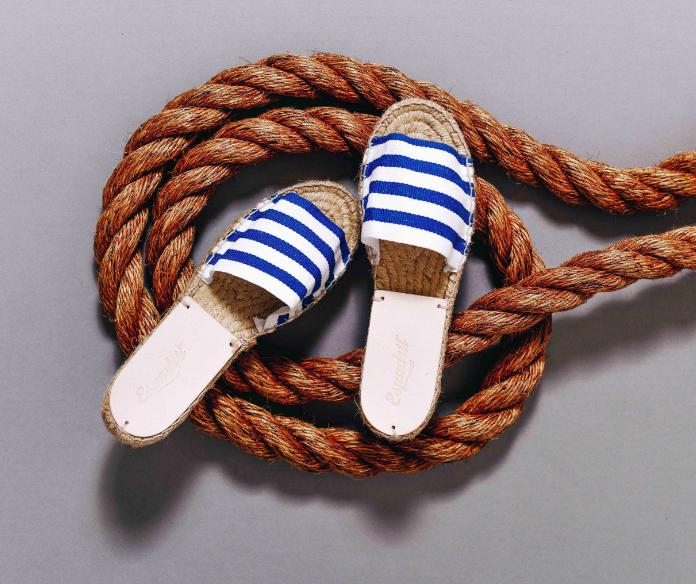 blue stripe slider R600