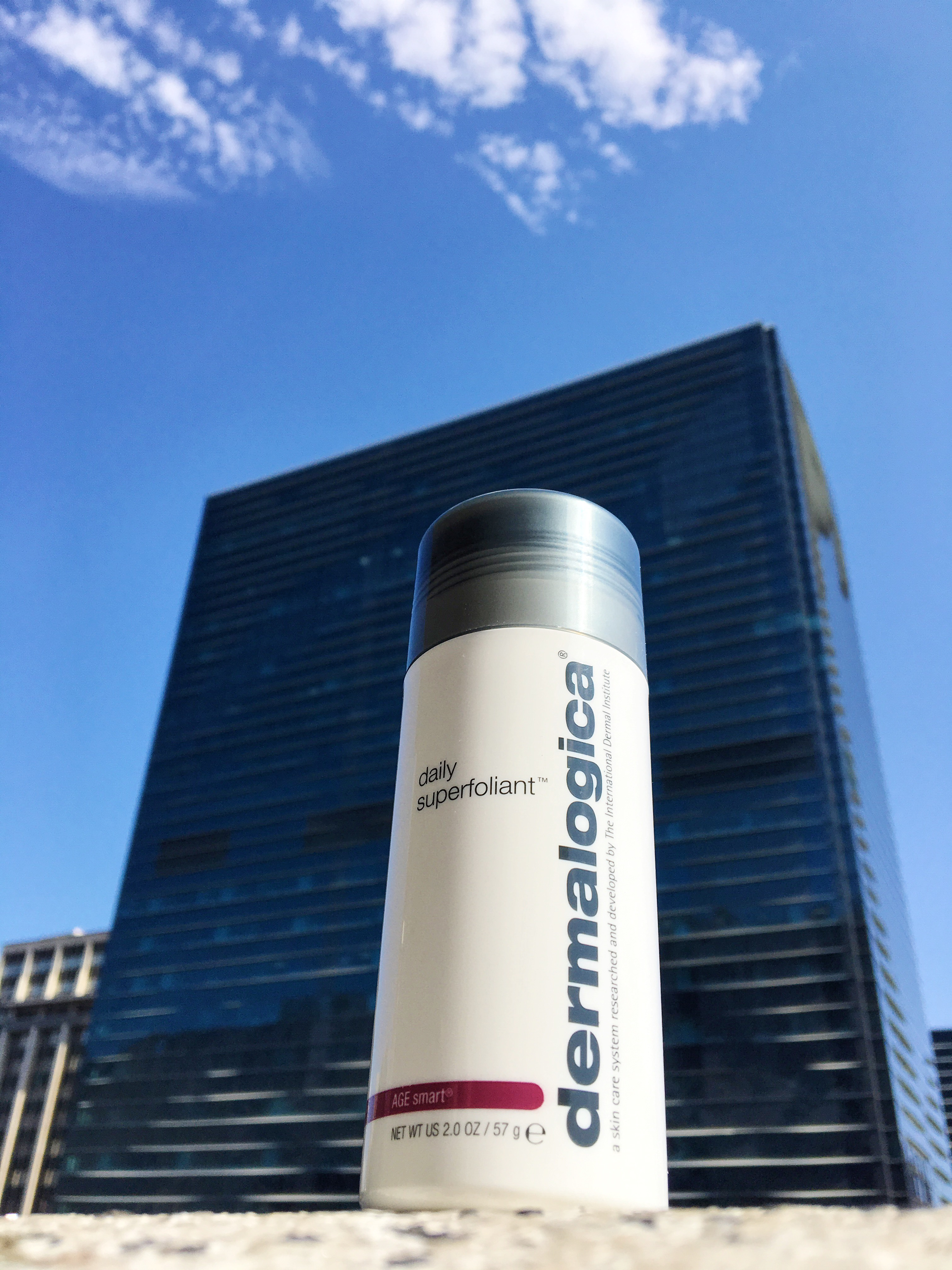 Derm Superfoliant hold