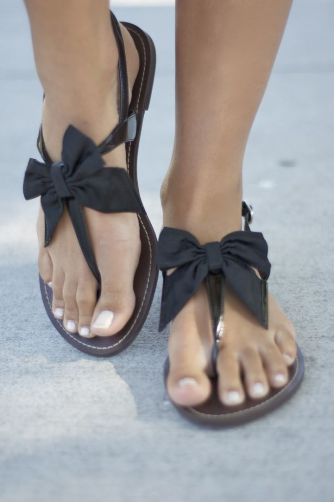 My moms sexy feet