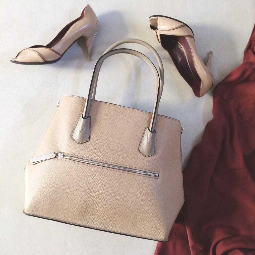 VLM Beige bag retouched